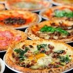 NAPOLI  - 窯焼きピッツァ8種の熱々オーダーバイキング2時間食べ放題
