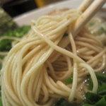 ぼたん - 麺のアップ