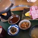 レストラン岡崎 - 近江牛焼肉定食2484円