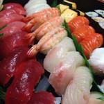 雷寿し - 料理写真:出前のお寿司