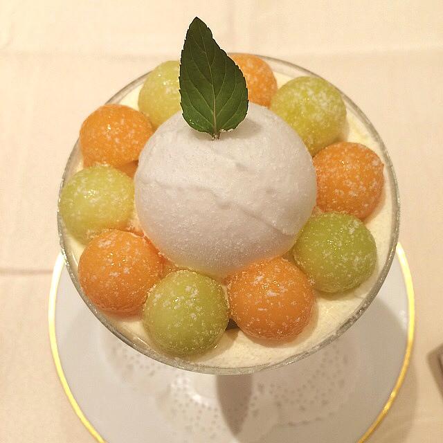 和光ティーサロン - メロンパフェ☆1944円\(^o^)/