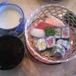 たから洲 - お寿司、茶碗蒸し、赤だし