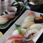 安心食堂 潮彩 - 握り寿司(大漁)