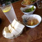 名糖食堂 - 冷ヤッコ