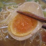 らーめん 太閤 - 煮卵