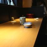 ふぐ 福治 - 私の定席、カウンター席 (2014/09)