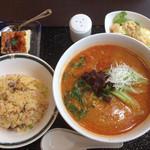 30536327 - 担々麺と炒飯のランチセット