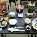 湯の謌 吟の庄  - 料理写真:これ 朝食!