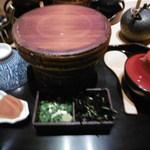 一色 - 一番人気の上ひつまぶしと肝吸膳 (¥2.450)