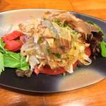 笑庵 - トマトと玉ねぎのサラダ