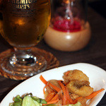 ポレポレ - お通し(お魚のエスカベッシュ) 生ビール