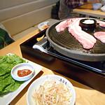 韓国旬彩料理 妻家房 - サムギョプサル