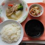 きよっち食堂 - A定食 鶏肉と大根の白ワイン煮