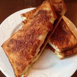 ミルティーユ - 朝食めにう、シナモントースト