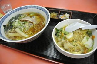中華料理 大和 - 中華料理大和・ラーメン半丼セット¥720(2014.06)