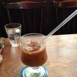 珈琲亭 蚤の市 - アイスコーヒー…器に対してストロー長過ぎ…(笑)