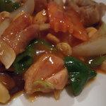 サイゴン・パリ・ガーデン - とりとカシューナッツ炒め