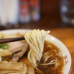 中華そば しば田 - 麺