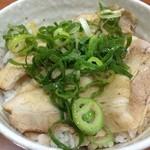 船場ラーメン - チャーシュー丼と船場ラーメンセットで600円
