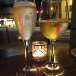 Muu Muu&il Bar CENTRAL BANCO - ピノ シャルドネスプマンテ:700円+白ワイン