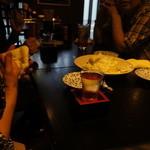 夢市門 - 料理写真:私以外に日本酒を頼んだのは誰じゃ