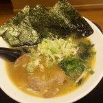 Sasakiya - とんこつらーめん(正油)