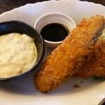コロボックル - 料理写真:Bランチ 秋鮭のフライ+自家製タルタルソース