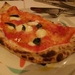 30585660 - カルツオーネ(包みピザ。リコッタ、サラミ、モッツアレラ、トマト、バジリコ)