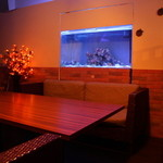 個室×和バル×串焼き ぷくぷく - 水槽付の半個室の席もあり♪プライベートパーティーにもいいですね♪