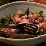 鉄火炉火 - 酔っ払い豚のサラダ