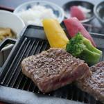 和の宿 ホテル祖谷温泉 - 料理写真:阿波牛ステーキランチ