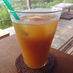 カフェ こくう - こくうプレート&ドリンクセット(1600円)のアセロラジュース