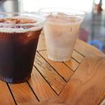 30600247 - アイスコーヒーとアイスカフェラテ
