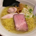 30603343 - 鶏豚スープのヒマラヤ岩塩ラーメン700円!