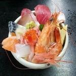 すし・ごはん 馬ん場 - 海鮮すし丼