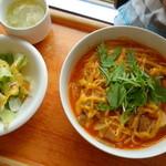 30615860 - チーズとベーコンのパスタ(¥850)黄色いのはサフランマヨネーズ!?