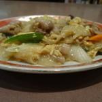志成園 - 肉とたまご炒め 680円