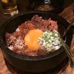 30619252 - 牛スジ飯!                       おこげとトロトロな牛スジが美味しかったです!