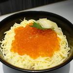 すし王 - イクラ丼 ミニ