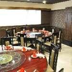 上海豫園 - 2階宴会フロアーは二つの部屋に仕切られおります。(画像は2階窓側)