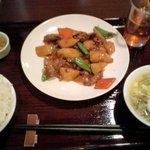 3063041 - 日替わりランチC:牛肉と長いものしょう油炒め(750円)