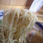 大分ラーメン 十八番 - 低加水細ストレート麺。バリカタOK!