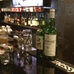 cafebar hello tomorrow - ラフロイグ、白州等々そこそこ良いウイスキー飲みます(^_^)