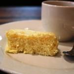 ete - 2014年9月ランチ 最後に珈琲とともに今日されるのは、「おすきなだけどうぞ」といわれサイズしていしたチーズケーキ