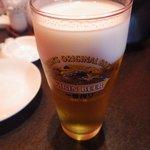 チャイナムーン - まずはビールで(キリンです)