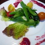 30637792 - サラダ 野菜が沢山