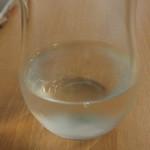 えまるしぇ - 日本酒は70mlか90mlでチケット1枚(333円)