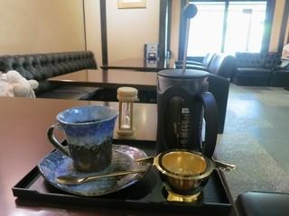 祇をん ひつじカフェ - プレミアムコーヒーは独自の抽出方法で!