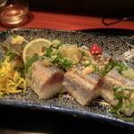 ん。 - 秋刀魚棒寿司・・一品一品、味付けを変えてます。