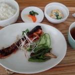 ごはん ごはん - 秋鮭の西京漬け焼き\850